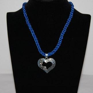 Edelweiss Trachten Kette, Satinband, blau, mit Herzanhänger