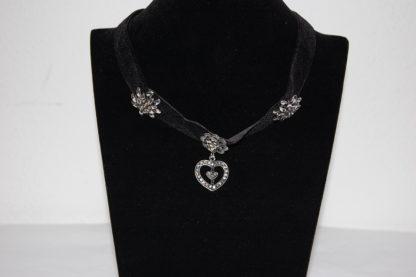Edelweiss Trachten Kette aus Samtband mit Herzahänger,Edelweiss,Blume,schwarz