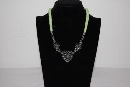 Edelweiss Trachten Kordelkette,apfelgrün, Herzanhänger mit Edelweissblüten, mit Verlängerung