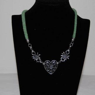 Edelweiss Trachten Kordelkette, dunkel grün, Herzanhänger mit Edelweissblüten, mit Verlängerung