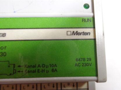 Merten instabus eib Schaltaktor REG-K/8x230 6478 29
