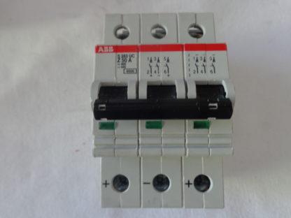 ABB S283 UC Z50A Sicherungsautomat 3pol