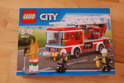LEGO City 60107 Feuerwehr mit fahrbarer Leiter