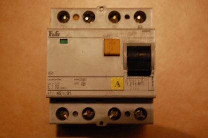 F&G  FI  Schutzschalter   XF7 -40/4/01