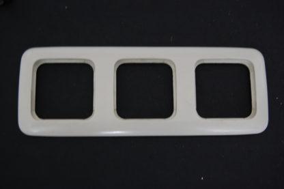 Busch und Jäger 3fach Rahmen beige 2513-21