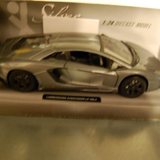 Modellauto Lamborgini Aventador LP-700-4 1:24 Silver Collection