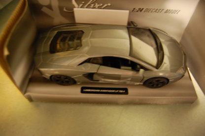 Modellauto Lamborgini Aventador LP-700-4 1:24 Silver Collection