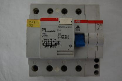 ABB FI Schutzschalter 364  40A 003 mit Hilfsschalter
