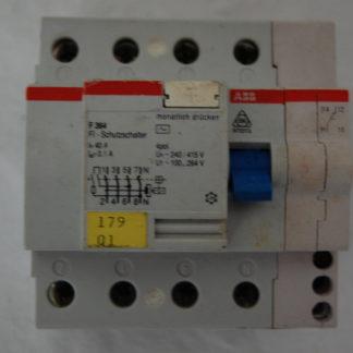 ABB FI Schutzschalter 364  40A  01 mit Hilfsschalter