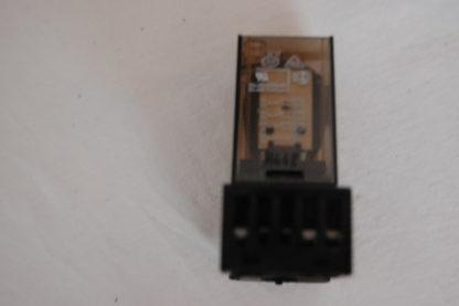 Schrack Relais MR306220 Mit Sockel