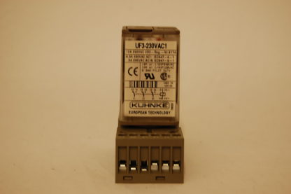Kuhnke Relais UF3-230 VAC 1 mit Sockel