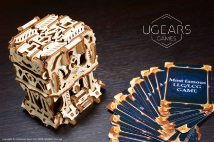 UGears Games: Kartenetui - Deck Holder
