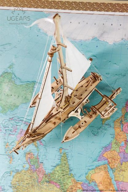 UGears Segelboot Trimaran Merihobus